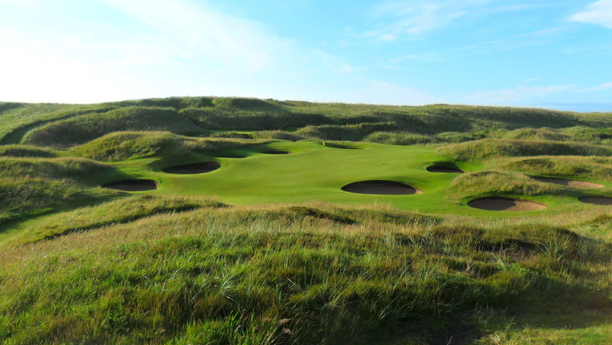 Royal Aberdeen links golf by Authentic golf