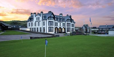 Accommodation in  Western Scotland by authentic golf